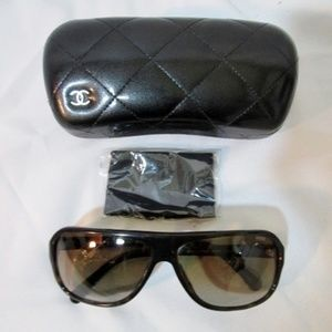 CHANEL Black Square Frame Gradient Tint Sunglasses